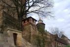 Blick von der Altstadt aus: Die Kaiserburg von der Altstadt aus gesehen